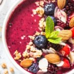 Smoothie Bowl Guide_Build your Perfect Bowl for Optimal Nutrition_Berry Smoothie Bowl with Almonds and Blueberries
