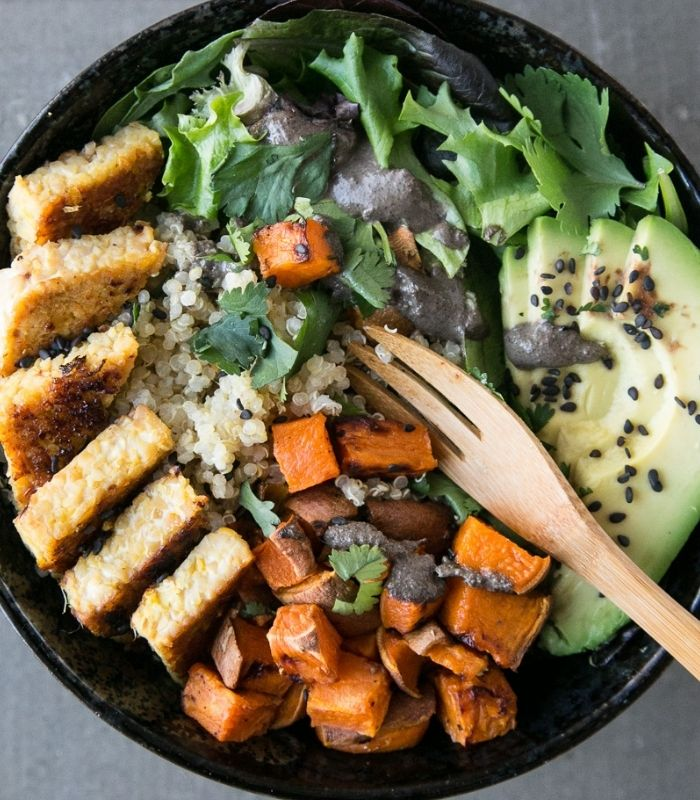 15 Healthy and Delicious Buddha Bowls_Buddha Bowl_Orange-Ginger Tempeh Bowl with Black Sesame Sauce_Close-up