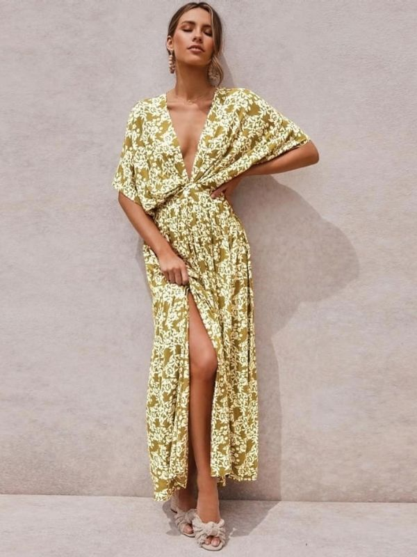 Maxi Dresses_girl in an olive green and yellow