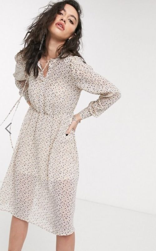 Beautiful Dresses for Mild Summer Evenings_Knee-long Dress_cream with black small Pattern