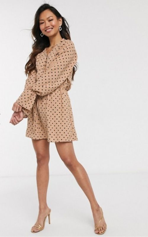Beautiful Dresses for Mild Summer Evenings_Summer Dresses_Mini Dress_light brown dress with black dots and long sleeves