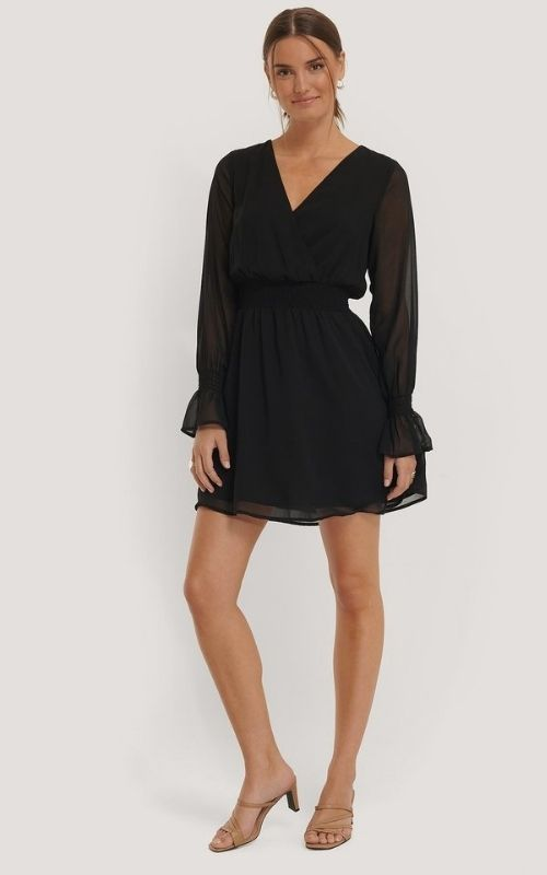 Beautiful Dresses for Mild Summer Evenings_black Mini Dress with long sleeves