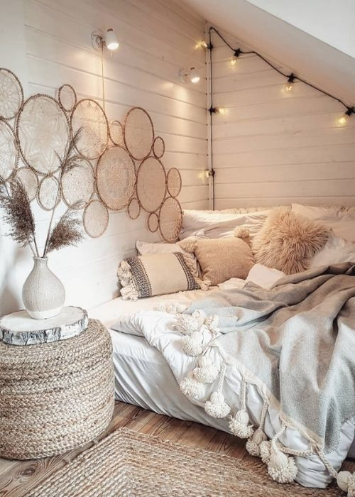 Boho Decoration_Natural Decoration_Cozy white Reading Corner