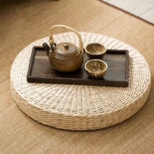 Natural Decoration_Straw Puff_Low Table