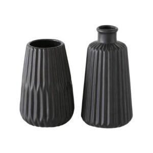 black vases_set of two different sizes_striped relief