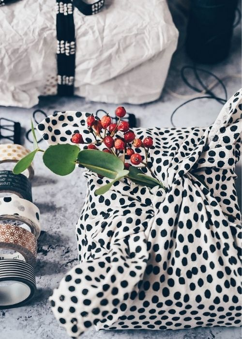 Christmas Gift Wraps_fabric wrapping in white with black dots