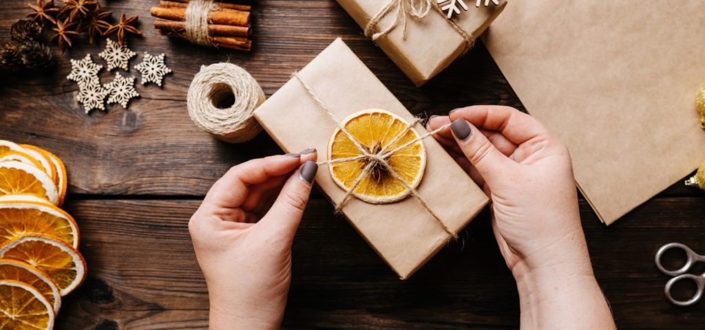 Gift Guides_Gift Ideas for your loved ones_sustainable packaging with orange