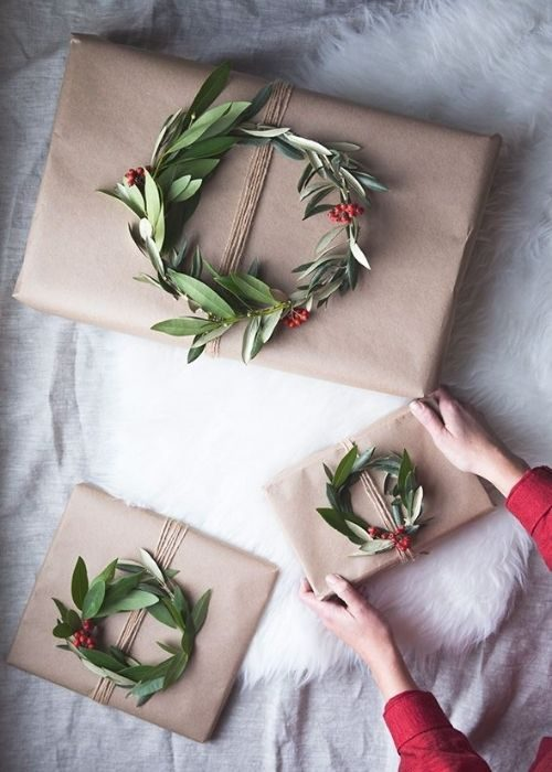 minimalist natural christmas packaging with leave ring