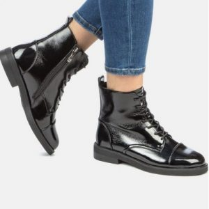Looks_Combinations_black Boots_lacquer